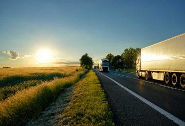 """Caminhão com """"como estou dirigindo""""."""